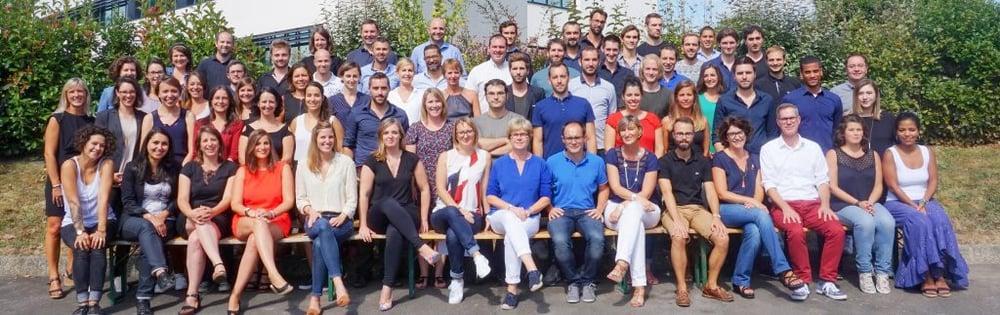 Photo de groupe des collaborateurs MV Group
