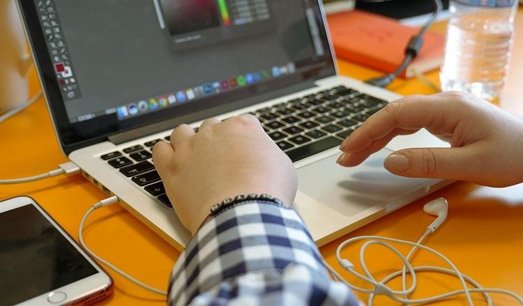 Agence_Strategie_digitale_expert_recrutement