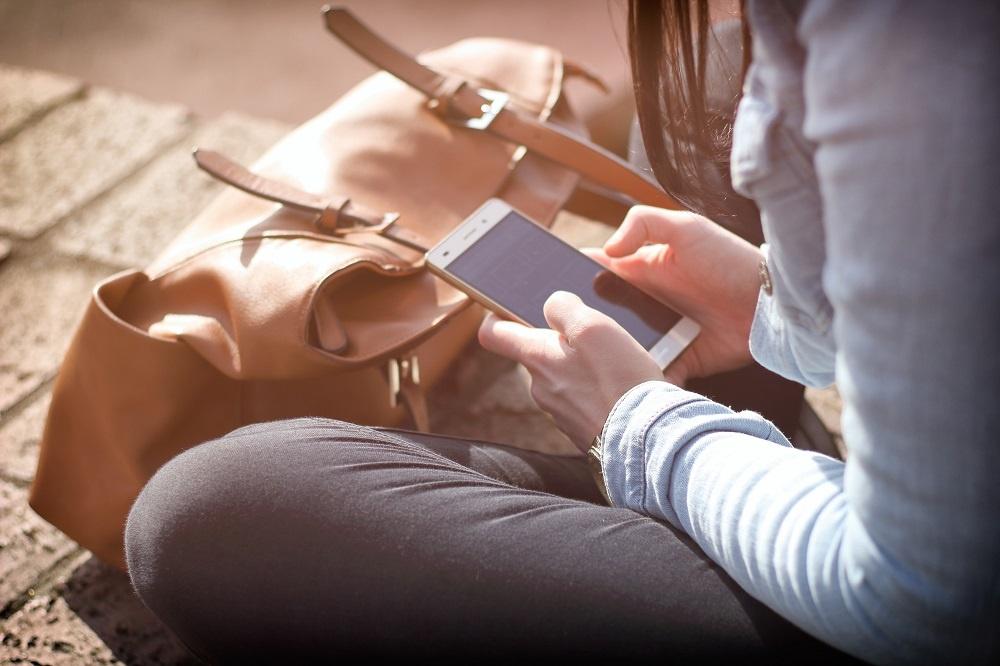 Mobile_Smartphone_AMP