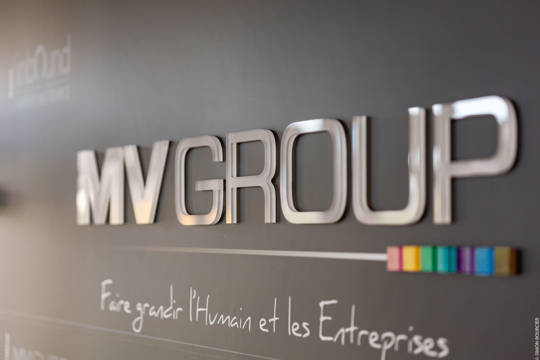 Logo MV Group