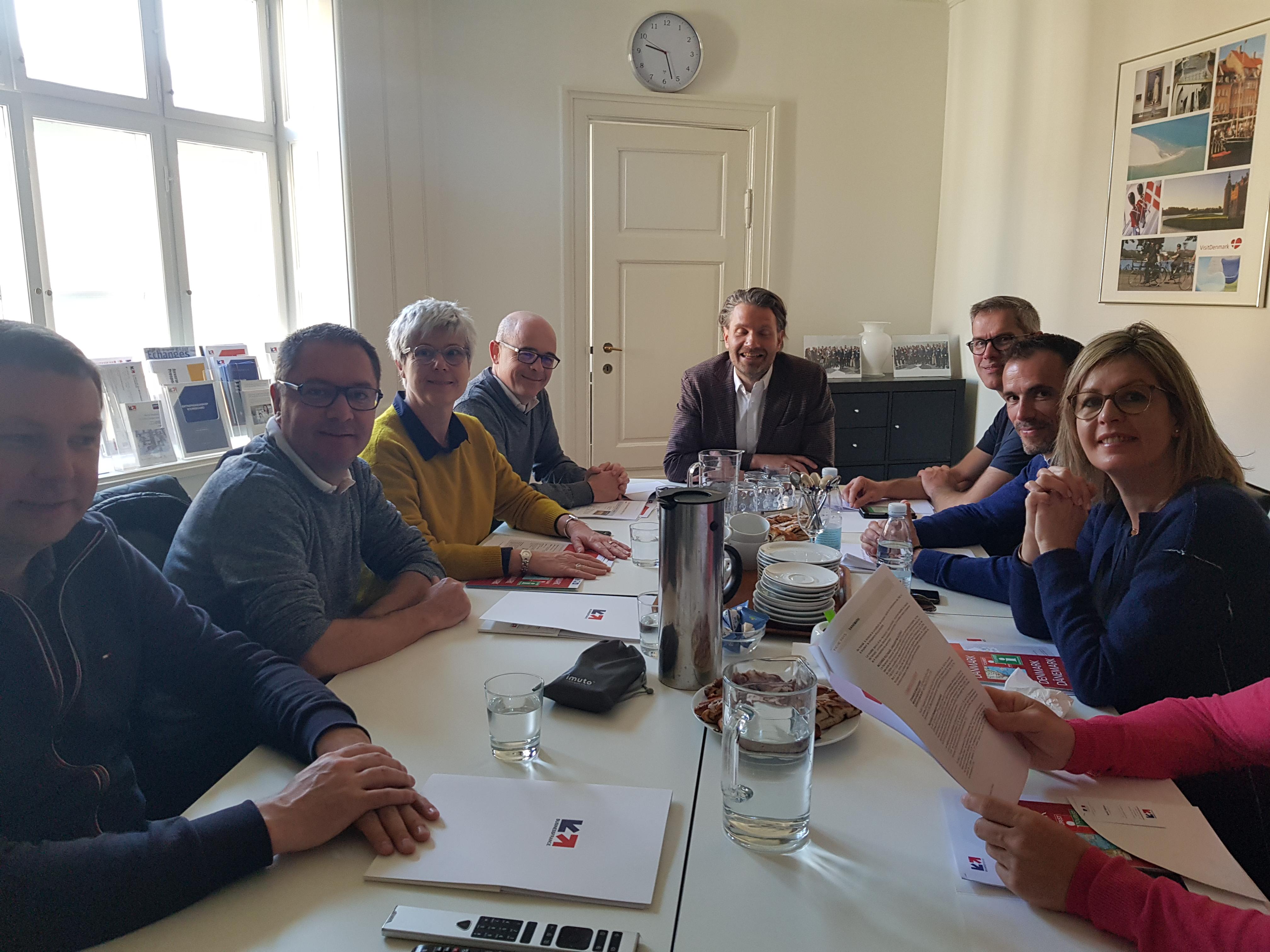 Les représentants de MV Group dans les locaux de Business France